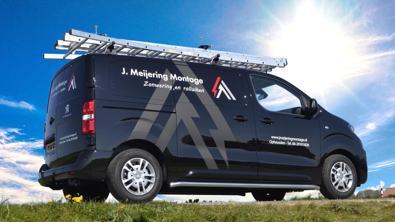 De bedrijfsbus van Johan. | J. Meijering Montage uit Opheusden.