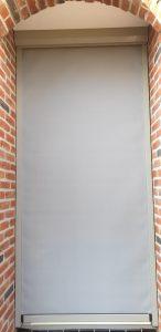 Gesloten op maat gemaakte deurscreen | J. Meijering Montage Opheusden