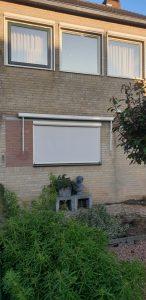 Diverse raamscreens gemonteerd door J. Meijering Montage uit Opheusden.