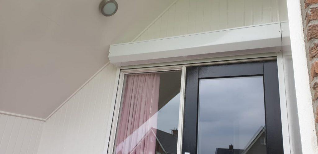 Rolluiken aan diverse verschillende ramen en deuren van de woning | J.Meijering Montage Opheusden